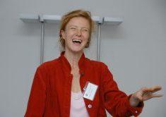 Anna Schmitt1